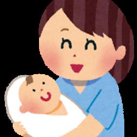 赤ちゃんを抱いているママ