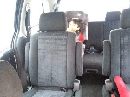 チャイルドシート 取付位置