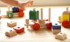 うちの子遅い?子供が積み木で遊ぶのはいつから?積み木を買うタイミングと遊び方